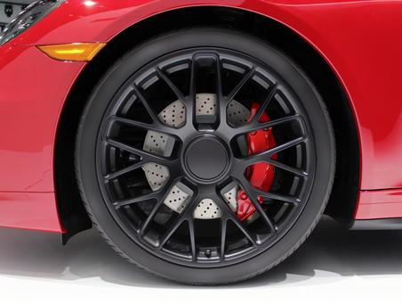 Sports car wheel tire imported car red