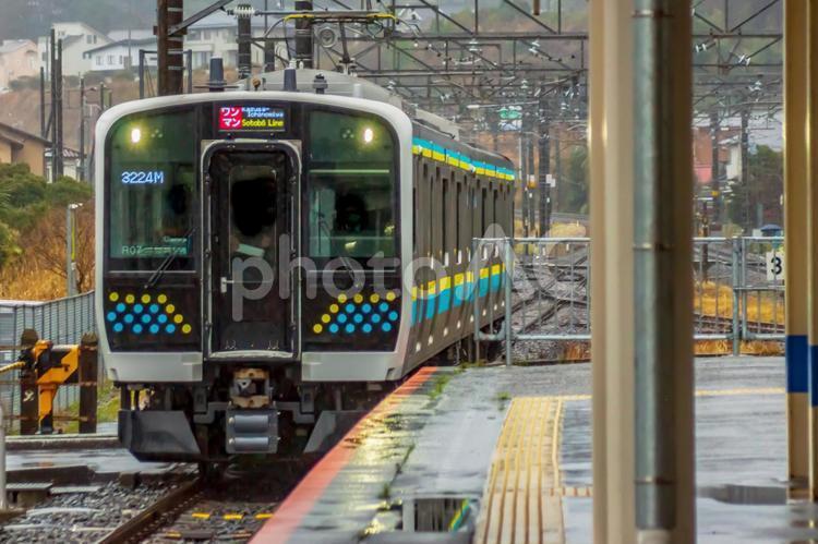 内房線・外房線・成田線・鹿島線E131系0番台(ダイヤ改正・デビュー後の様子)。の写真
