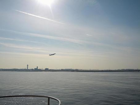 飞机,海和天空