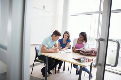 외국인 대학생 그룹 121