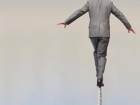 Businessman 【Male carrying risks 2】
