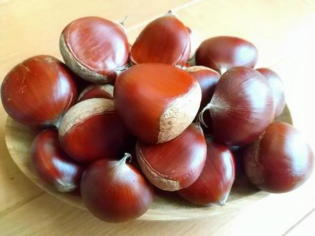 Heaping chestnuts_2
