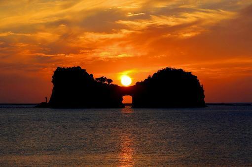 2ページ目   円月島の写真素材 写真素材なら「写真AC」無料(フリー)ダウンロードOK