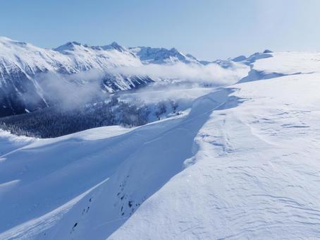 冬天雪山 - 加拿大惠斯勒Backcountry海外旅行