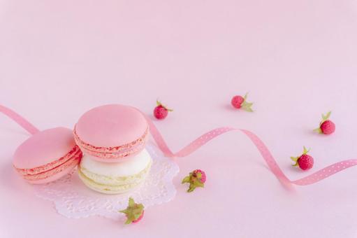 Macaron, raspberry and pink dot pattern ribbon