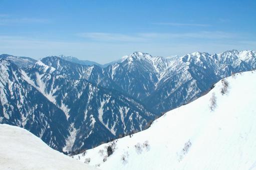설산의 풍경