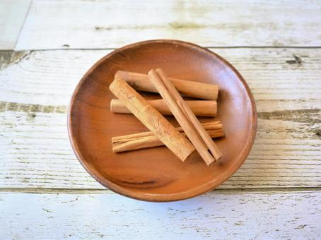 Cinnamon stick (16)