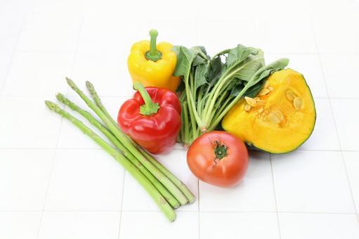 Vitamin color vegetables 2