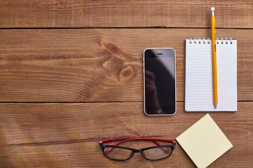 Glasses, smartphones and writing instruments 3