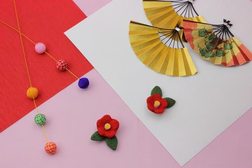 Folding fan, plum and Maitama weeping