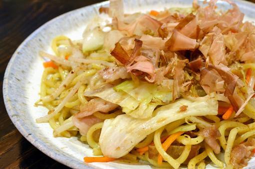 Salt fried noodles