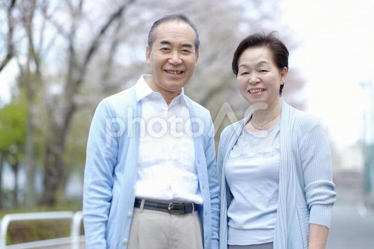 笑顔の老夫婦8の写真