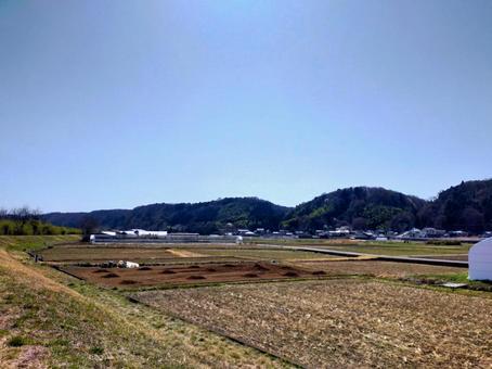 전원 풍경 다키 언덕을 바라 보는 봄