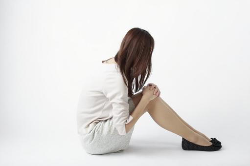 Sitting woman 9