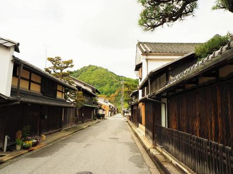 Japanese-style alley
