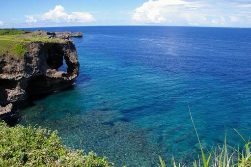 푸른 하늘과 바다