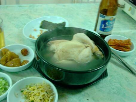 한국 식당에서 삼계탕