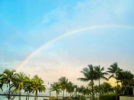 Big rainbow over Waikiki after rain in Hawaii ①