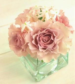 꽃병에 넣은 장미, 뉴 웨이브, 인테리어