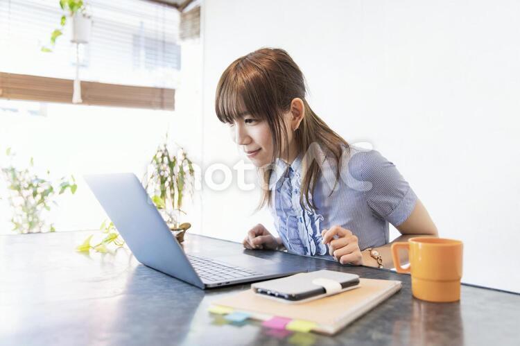 リモートワーク・web会議・オンラインコミュニケーションの写真