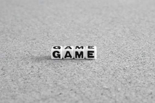 Game monochrome