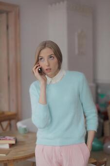 Women calling 3