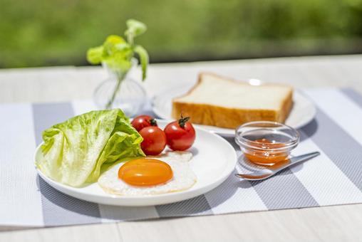 아침 모닝 계란 후라이