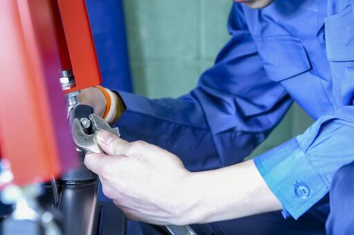 Craftsman assembling at the factory
