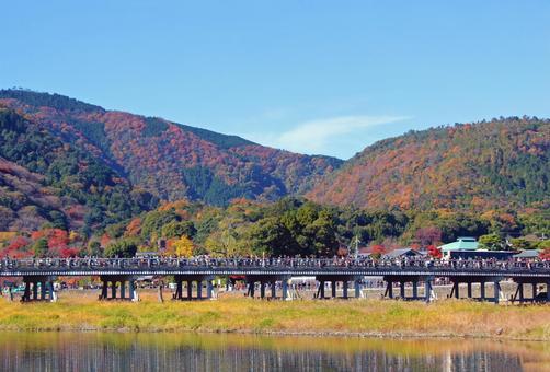 Togetsu-kyo Bridge in autumn
