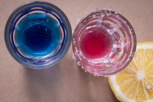 喝4两个色