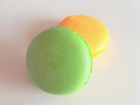 Green and yellow macaroons