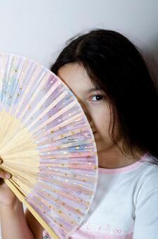 Girls with folding fan 1