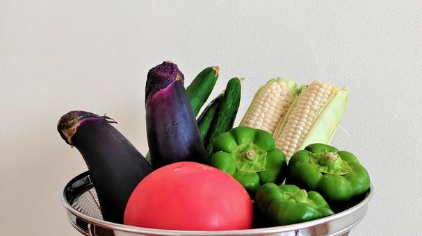 Various colorful summer vegetables 002