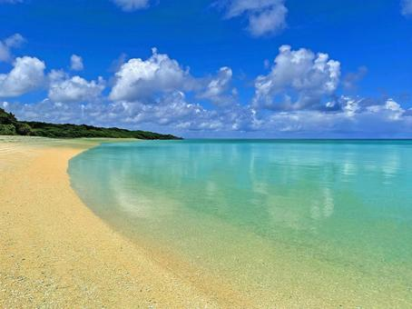Clear Ishigaki Island Sunset Beach Kuura