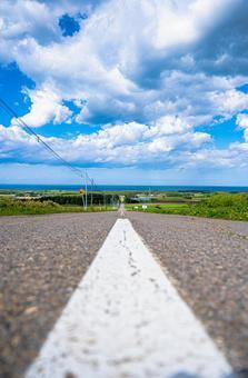Road that continues far in Hokkaido (Part 6) Search word / 1pondo Creator name / YUTO @ PHOTOGRAPHER