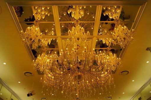Luxurious golden chandelier (United Arab Emirates)