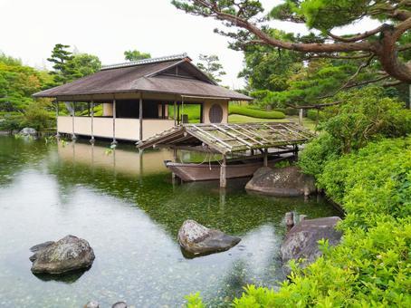 Showa Kinen Park Japanese Garden (Azumaya and Shipyard)