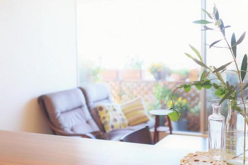 녹색 잎이 밝은 거실을 이미지 한 배경 복사 공간 벽지