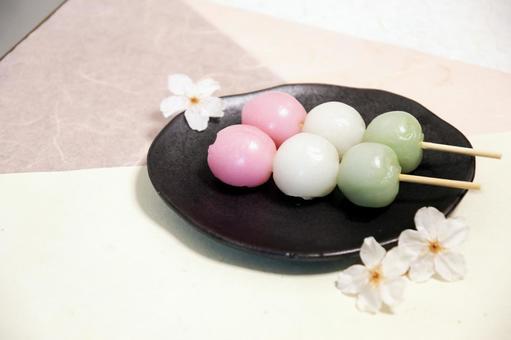 Hanami dumplings and cherry blossoms