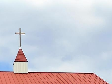 하늘에 빛나는 십자가