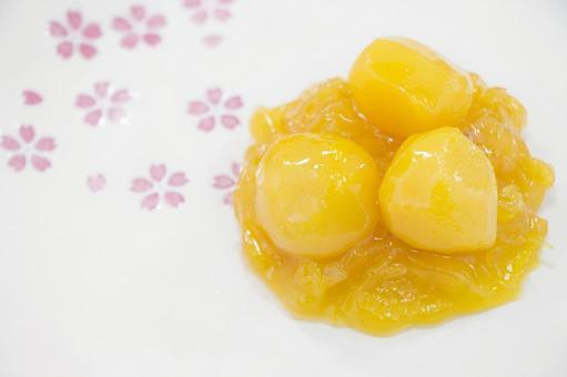 Sweet chestnut paste