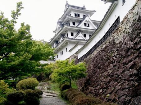 Gujo Hachimanjo castle