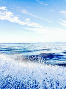 바다와 파도 비말 1
