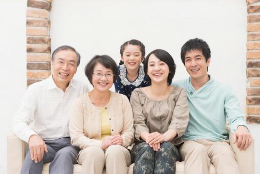Good friend Three generations family (sofa) 5