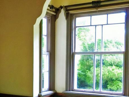 The windowsill that shines light