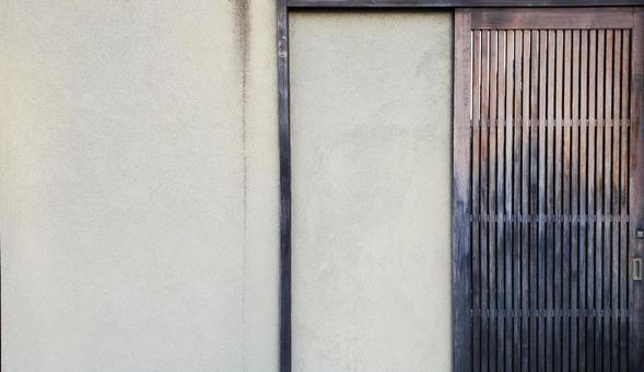 Tasteful wooden door