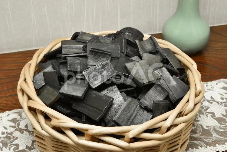 竹炭の写真