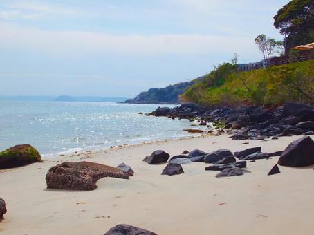 후쿠오카 현 이토 시마의 바다 · 해변 · 바위