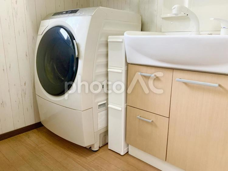 洗面所の隙間家具 幅14センチの写真