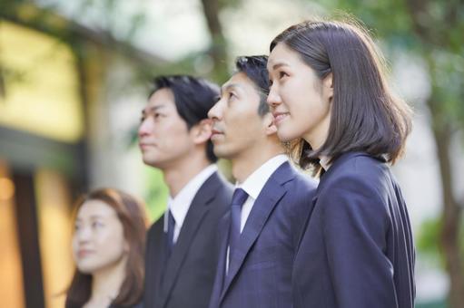 Business scene ・ Team of 4 people